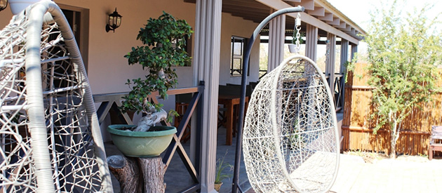 the belgium inn, bed and breakfast, hoedspruit wildlife estate, accommodation in hoedspruit, lodge, mountain views, limpopo
